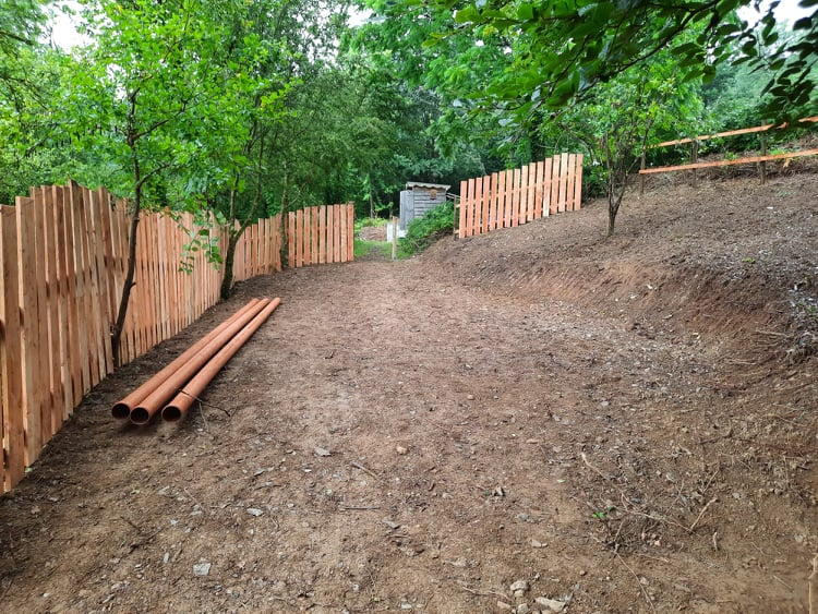 Kindergarten - fencing and landscaping